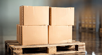 Group of boxes on a pallet | Safe Product Delivery